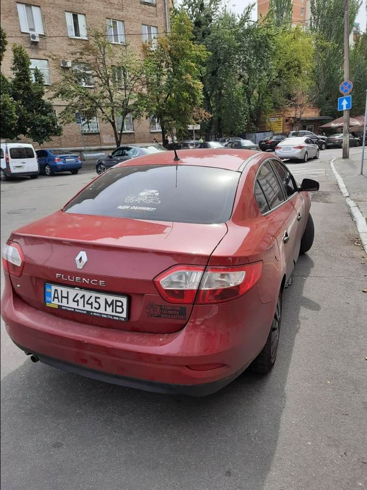 Нігілізм - наше все: київський таксист висадив політика через правила карантину