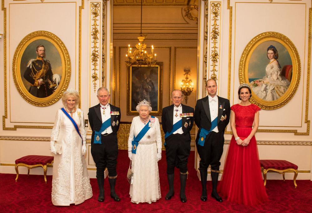 Правила англійського етикету, які не можна порушувати навіть королеві