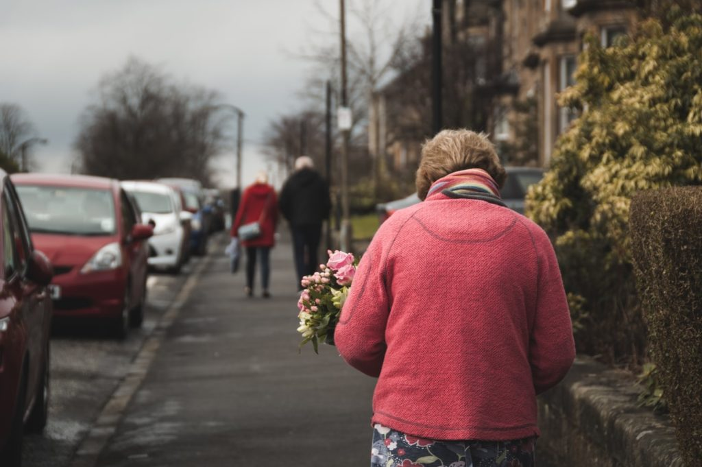 В Дніпрі від коронавірусу одужала 93-річна бабуся