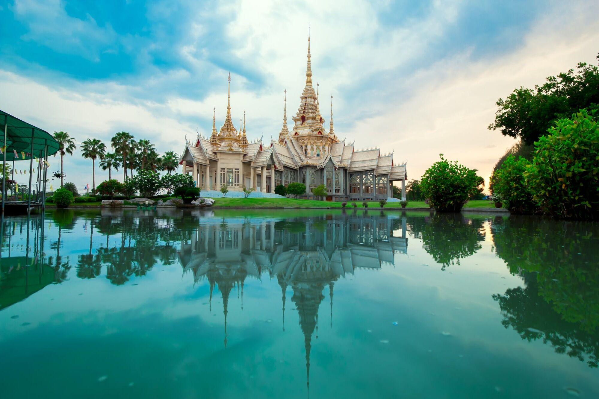 В Тайланді потрібно дбайливо ставитися до грошей