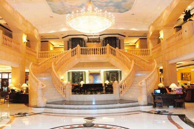 Названо недорогі п'ятизіркові готелі: ціни вас однозначно вразять - фото 350254