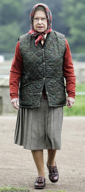 Королева Єлизавета ІІ - фото 351805
