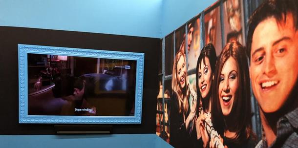 У Нью-Йорку відкрили музей серіалу Друзі (фото) - фото 353065