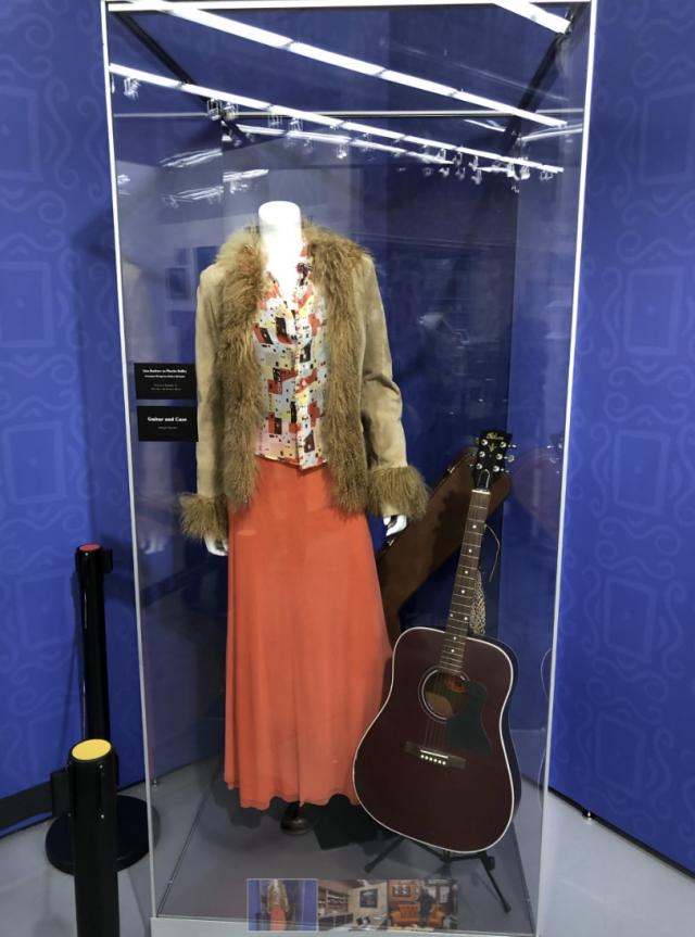 У Нью-Йорку відкрили музей серіалу Друзі (фото) - фото 353075
