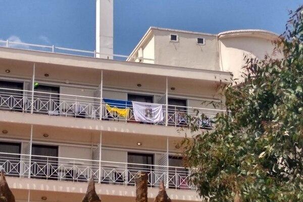 У Греції з готелю вигнали українців