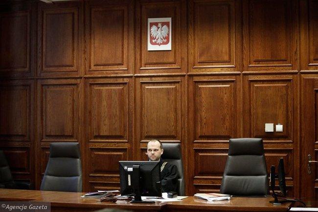 Голота, бандерівці, сволота, - у Варшаві судять пенсіонера, який ображає українців у Facebook 03