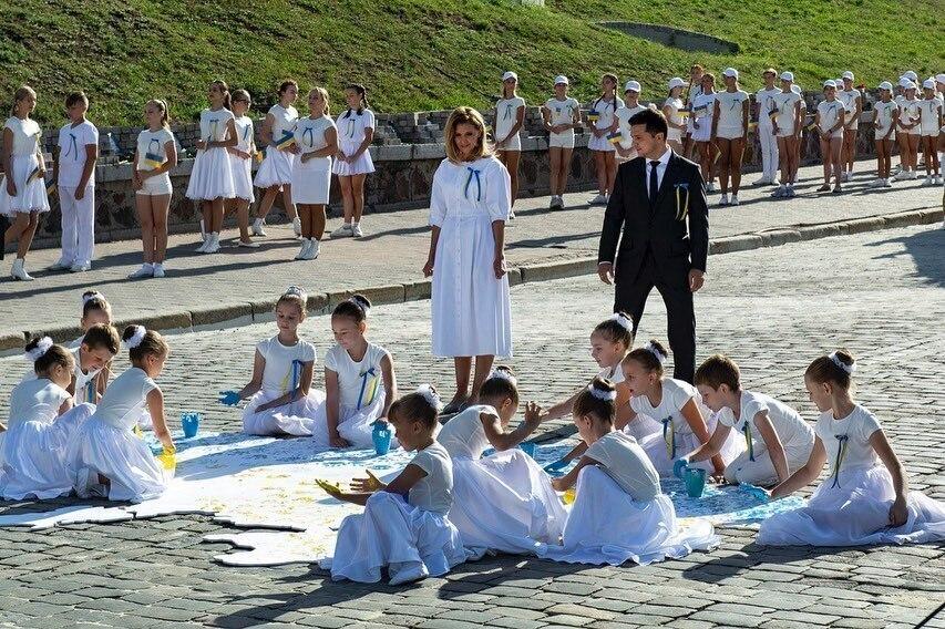 100 днів Зеленського: у що одягалася перша леді України і скільки це коштує