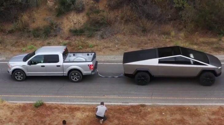 Ford F-150 кинув виклик Tesla Cybertruck і...