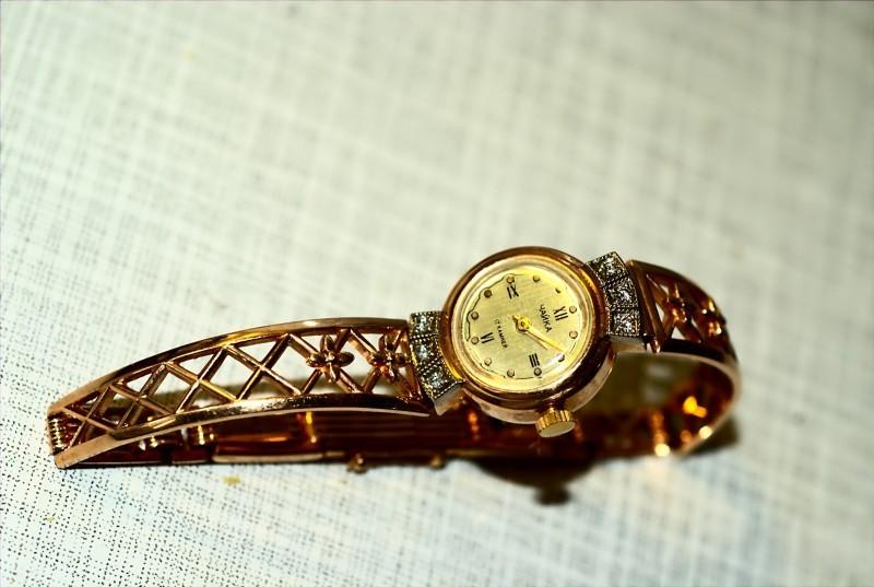 Часы продам чайка золотое ломбард грамм стоимость золото за