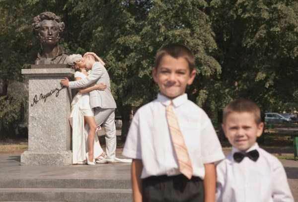 Найгірші та смішні весільні фото. Коли фотограф познущався - 6