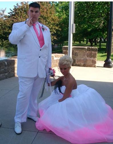 Найгірші та смішні весільні фото. Коли фотограф познущався - 24