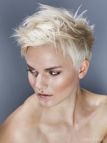 7 жіночих зачісок, які ненавидять чоловіки - 7