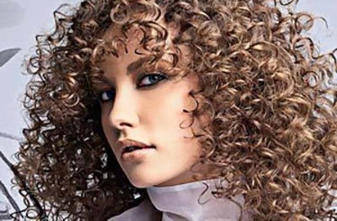 7 жіночих зачісок, які ненавидять чоловіки - 6
