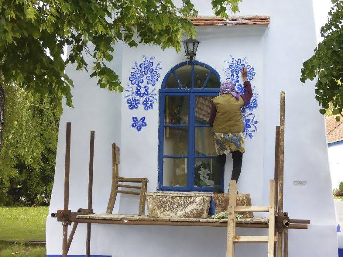 90-річна бабуся перетворила своє чеське село в музей! Ось як це було - 5