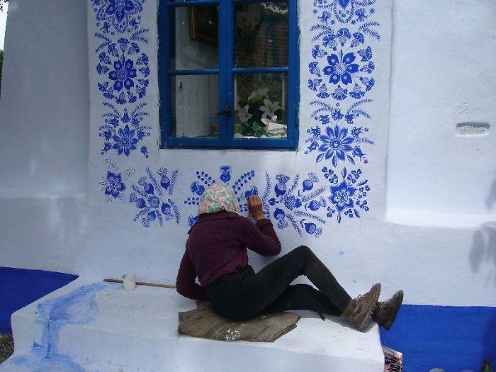 90-річна бабуся перетворила своє чеське село в музей! Ось як це було - 17