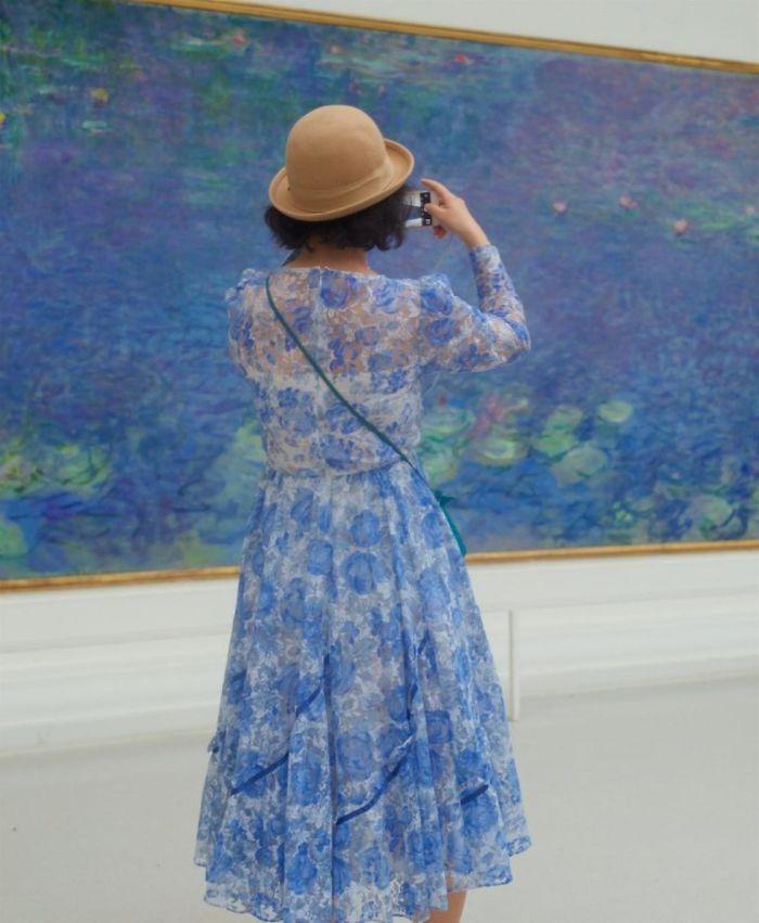 Фотограф роками таємно знімав «правильних» відвідувачів музею - і ось чому - 2