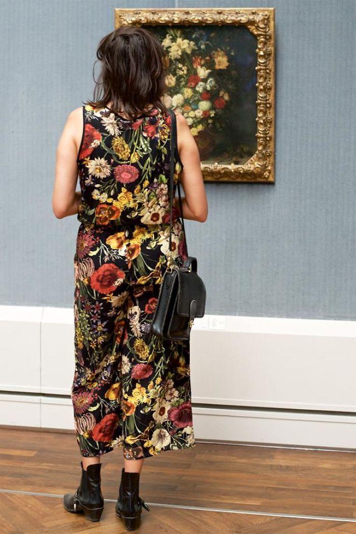 Фотограф роками таємно знімав «правильних» відвідувачів музею - і ось чому - 13