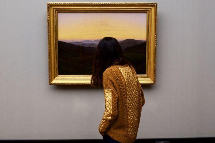 Фотограф роками таємно знімав «правильних» відвідувачів музею - і ось чому - 17