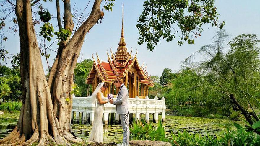 couple-wedding-around-the-world-travel-cheetah-rhiann-3