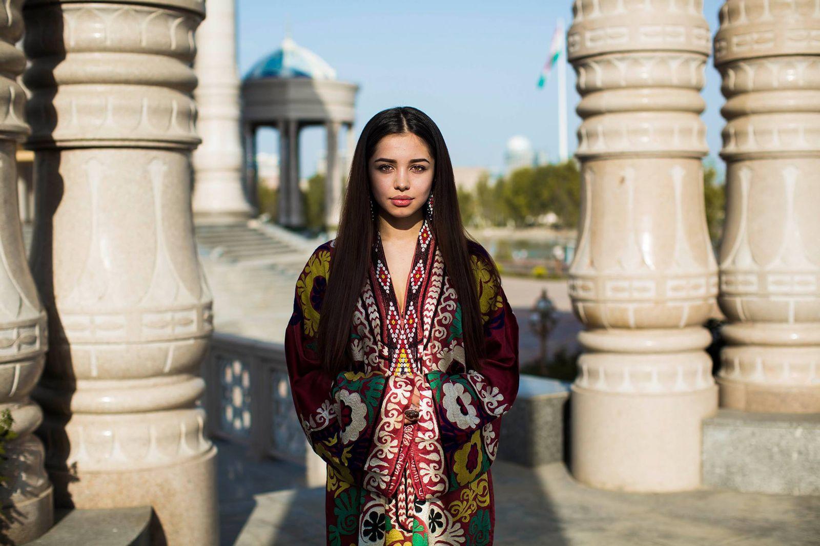 Фото девушек душанбинских