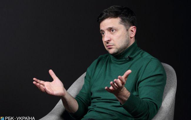 Володимир Зеленський: Нам вигідно розпустити Раду, але будемо думати і вчиняти за законом