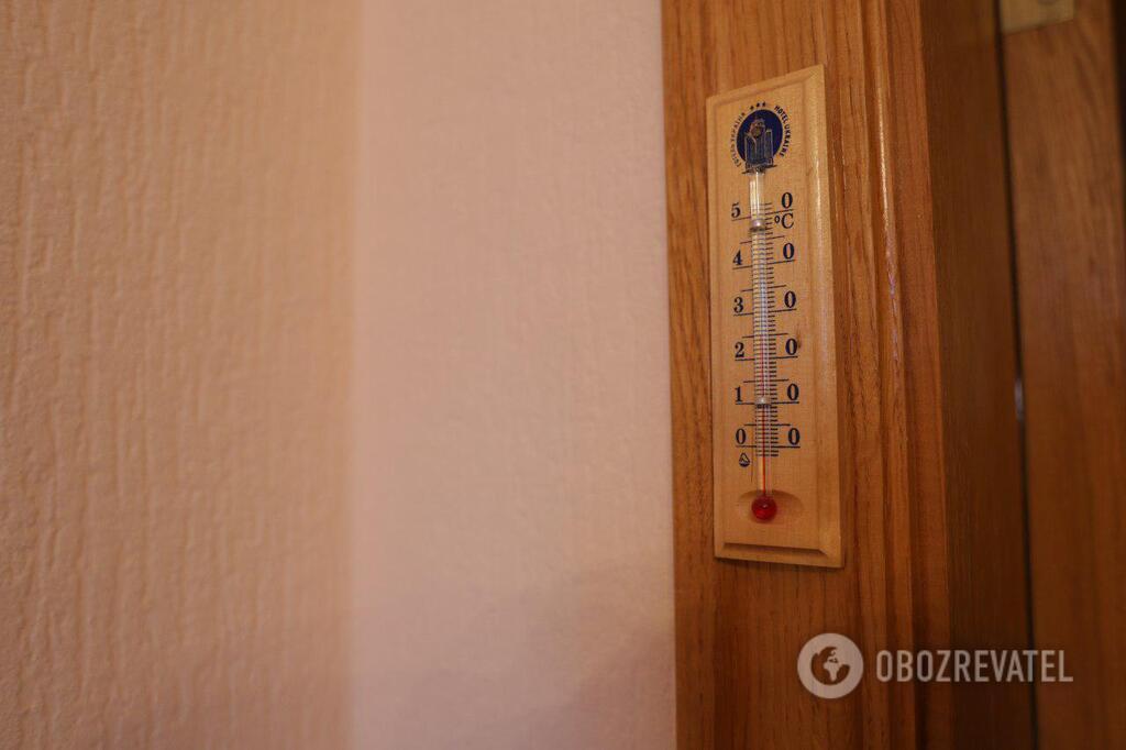 ''12 квадратів і без ванни'': як живуть ''слуги народу'' на гроші українців