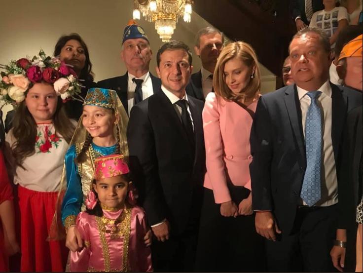 Володимир Зеленський і його дружина на зустрічі з представниками української діаспори у США